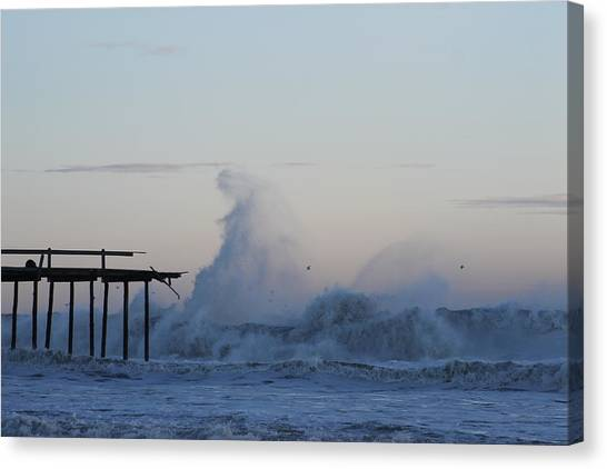 Wave Towers Over Oc Fishing Pier Canvas Print