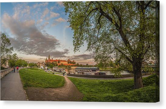 Wawel Royal Castle Seen From Vistula Bank In 16x9 Canvas Print