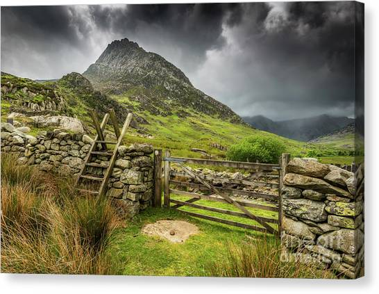 Tryfan Mountain Canvas Print - Way To Tryfan Mountain by Adrian Evans