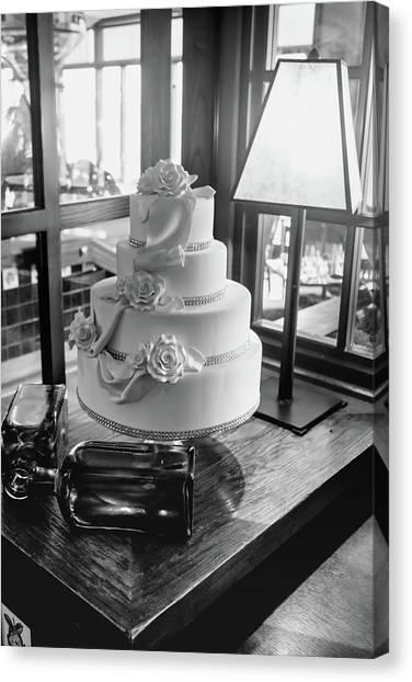 Wedding Cake Bw Series 0956 Canvas Print