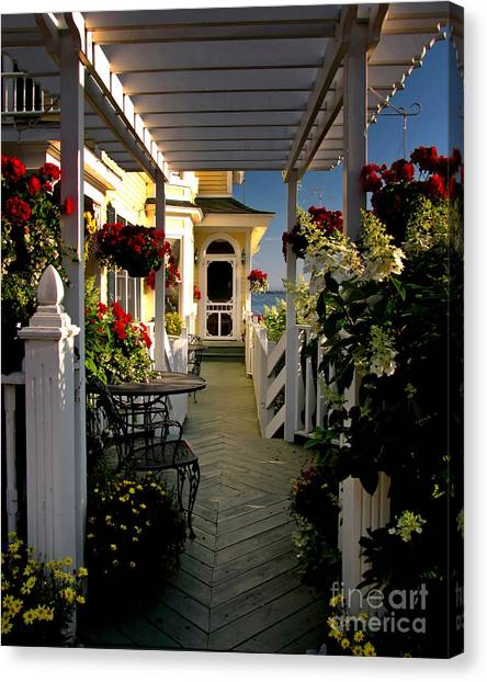 Welcome To Bay View Inn On Mackinac Island Canvas Print