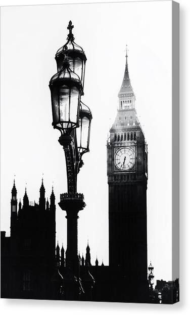 United Kingdom Canvas Print - Westminster - London by Joana Kruse