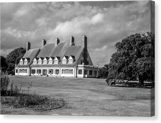 Whalehead Club Canvas Print