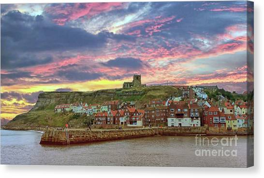 Whitby Abbey Uk Canvas Print
