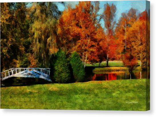 White Bridge Oro Canvas Print