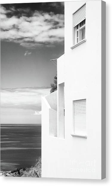 White House Ocean View Canvas Print