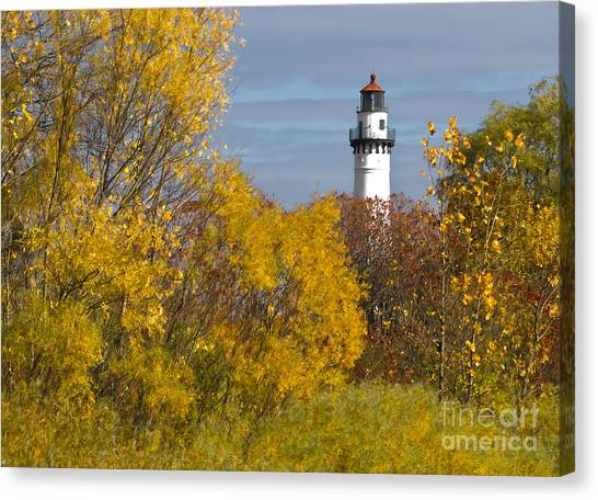 Wind Point Lighthouse In Fall Canvas Print