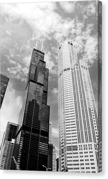 Willis Tower With Clouds Canvas Print