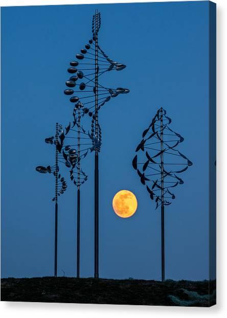 Wind Sculptures At Wilkeson Pointe Canvas Print