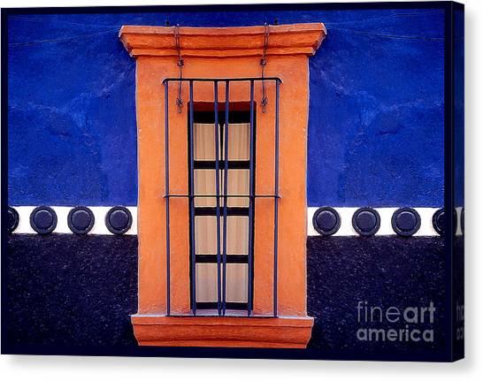 Window In San Miguel De Allende Canvas Print by Linda  Parker