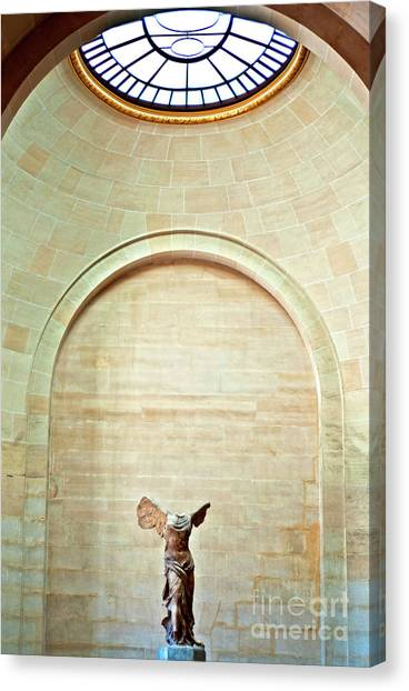Winged Victory Of Samothrace Louvre Canvas Print