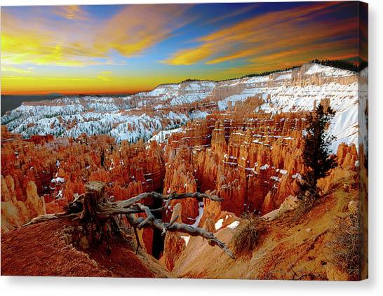 Winter Sunrise At Bryce Canvas Print