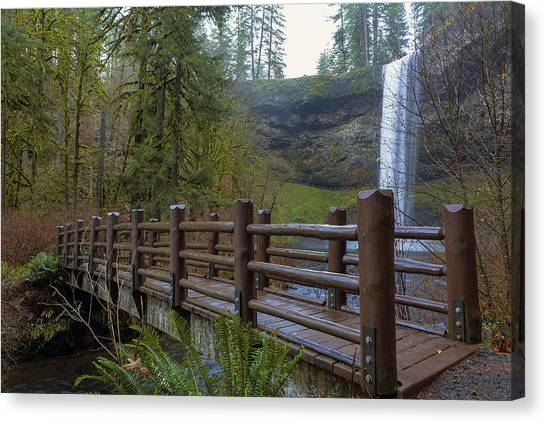 Canvas Print - Wood Bridge At Silver Falls State Park by David Gn