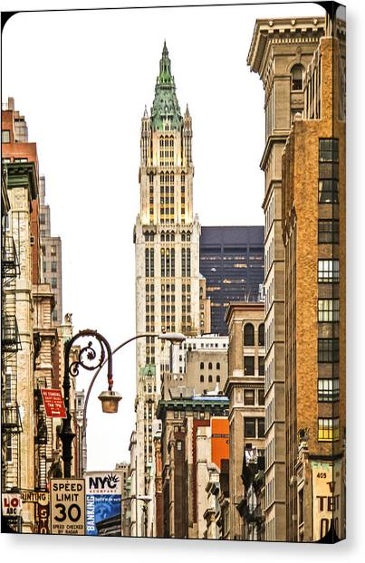 Woolworth Building Iv Canvas Print