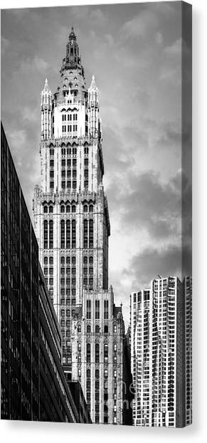 Canvas Print featuring the photograph Woolworth Building by Juergen Held