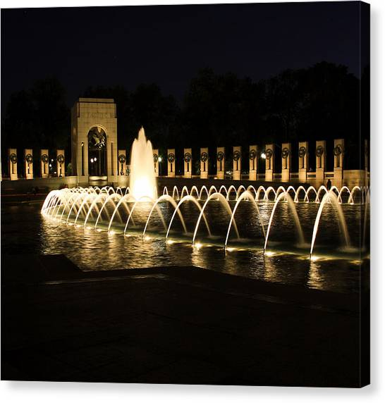 World War Memorial Canvas Print