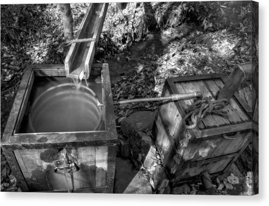 Worm Box And Thump Keg In Black And White Canvas Print