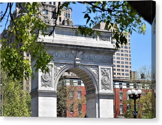 New York University Canvas Print - Wsq Arch by Vincent Hughes