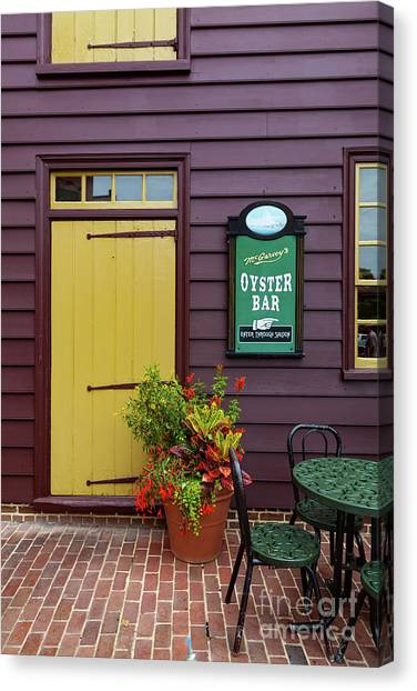 Yellow Door In Annapolis Canvas Print