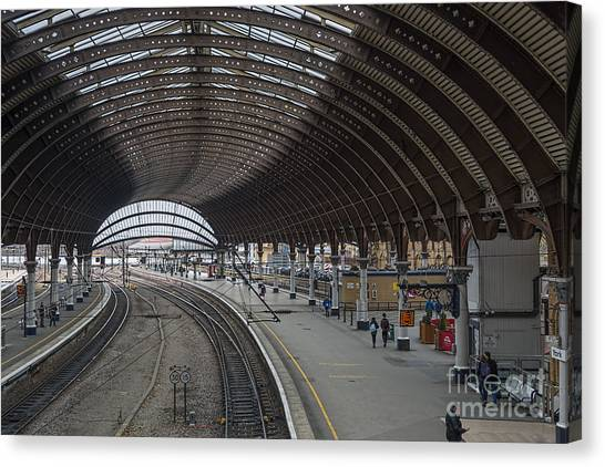 York Rail  Station  Northbound Canvas Print