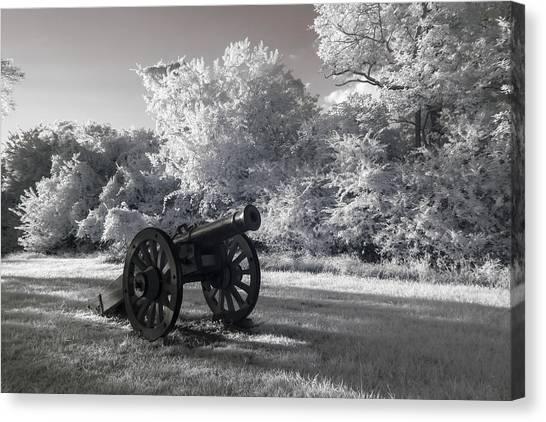 Yorktown - Cannon Canvas Print