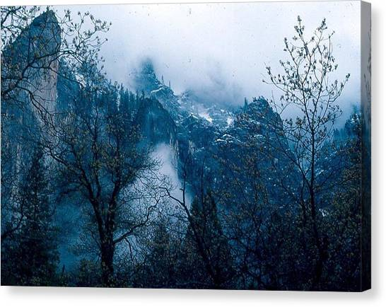 Yosemite Clouds I Canvas Print by Chris Gudger