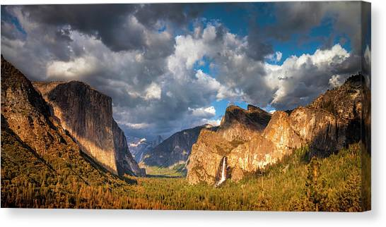 Mountain Cliffs Canvas Print - Yosemite Tunnel View by Andrew Soundarajan
