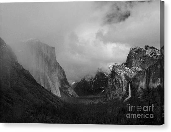 Yosemite Valley Canvas Print by Richard Verkuyl