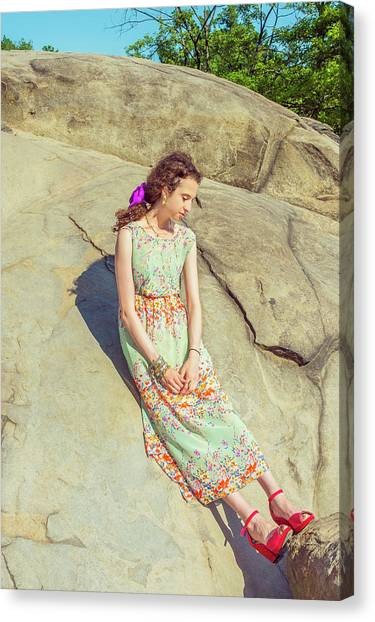 Young American Woman Summer Fashion In New York Canvas Print