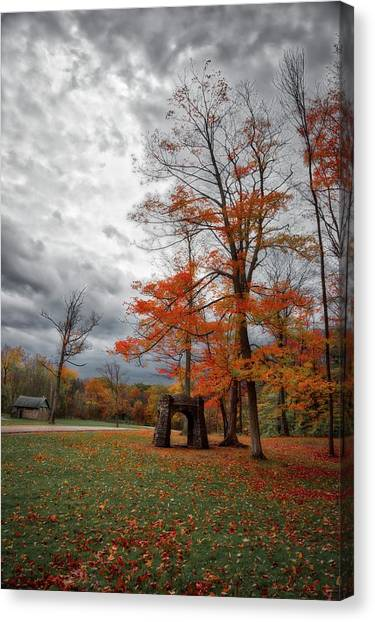 Canvas Print featuring the photograph An Autumn Day At Chestnut Ridge Park by Guy Whiteley