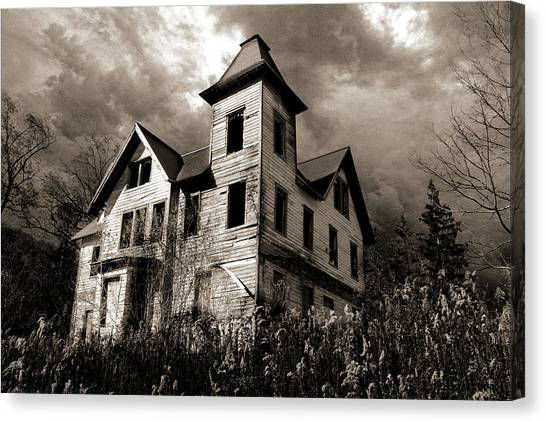 Bates Motel? Canvas Print