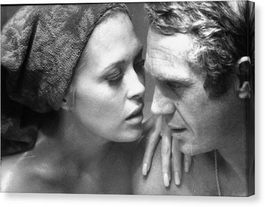 Faye Dunawaysteve Mcqueen Canvas Print by Bill Ray