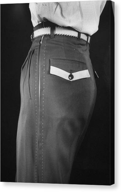 High Style In Mens Fashions, Extreme St Canvas Print by Nina Leen