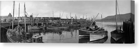 Mallaig Harbour Canvas Print by Alfred Hind Robinson