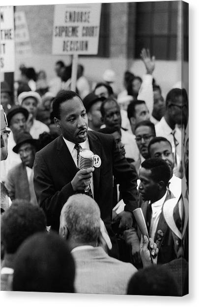 Martin Luther King Jr Canvas Print by Francis Miller