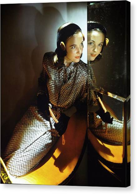 Model In B.h. Wragge Canvas Print by Horst P. Horst