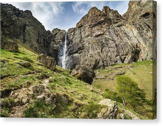 Raysko Praskalo Waterfall, Balkan Mountain Canvas Print