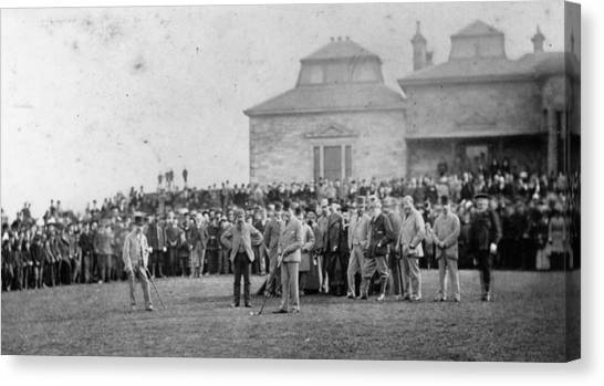 St Andrews Canvas Print by Hulton Archive