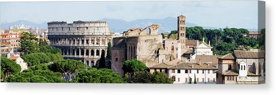 The Colosseum In Rome Italy Canvas Print by Deejpilot