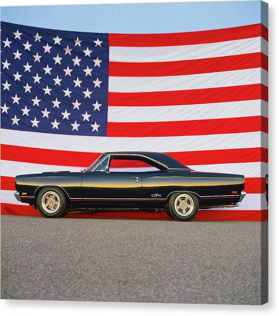 1969 Plymouth Gtx Hemi With Old Glory Canvas Print