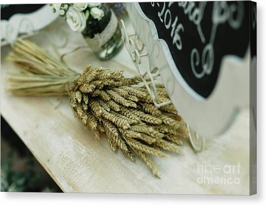 Floral Decorations In The Spaces Of A Wedding Restaurant. Canvas Print