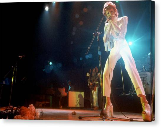 Ziggy Stardust Era Bowie In La Canvas Print