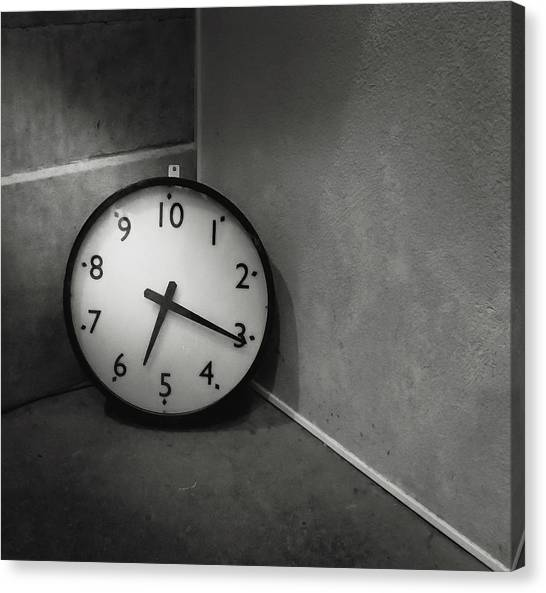 Canvas Print featuring the photograph 20 Hours Day by Juan Contreras