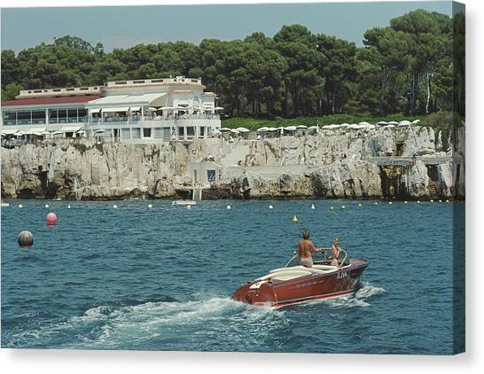 Hotel Du Cap-eden-roc Canvas Print by Slim Aarons