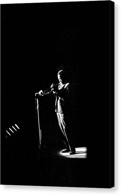 Photo Of Miles Davis Canvas Print by David Redfern