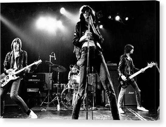 Photo Of Ramones Canvas Print by Michael Ochs Archives