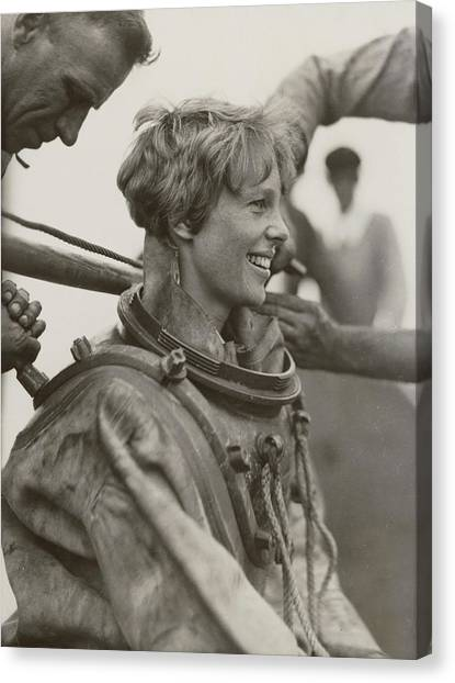 Amelia Earhart, American Aviatrix Canvas Print by Science Source