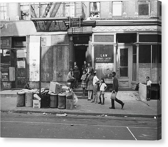 625 East Fifth Street, 1967 Canvas Print by Fred W. McDarrah