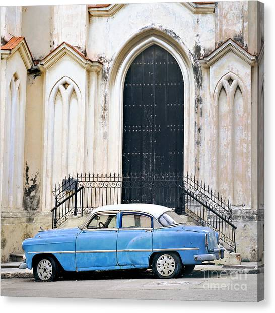 A View Of Classic American Old Car Canvas Print by Roxana Gonzalez