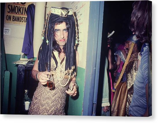 Alice Cooper Canvas Print - Alice Cooper Dressed As Cleopatra by Art Zelin